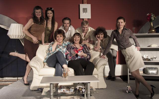FURCSA PÁR – női változat a Spirit Színház előadásában december 08-án az Aranyszöm színpadán