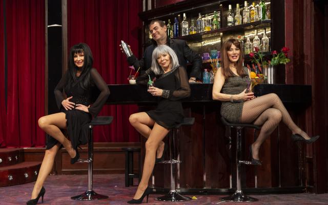 A nők (is) a fejükre estek – a Turay Ida Színház vígjátéka január 20-án